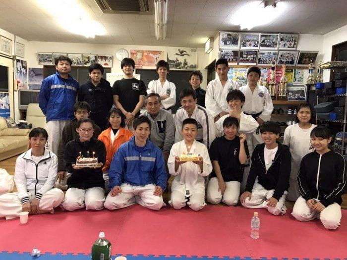 荒川道場 金曜日クラス全日本祝勝会・卒業お祝い会