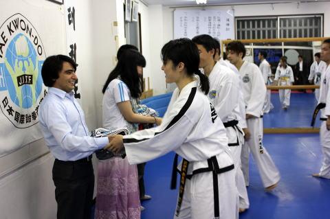 NGO 安田あゆみさん・タジキスタン大使館 ヤヒヨ氏 大宮道場 訪問
