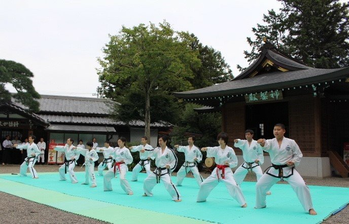 高麗神社 テコンドー演武