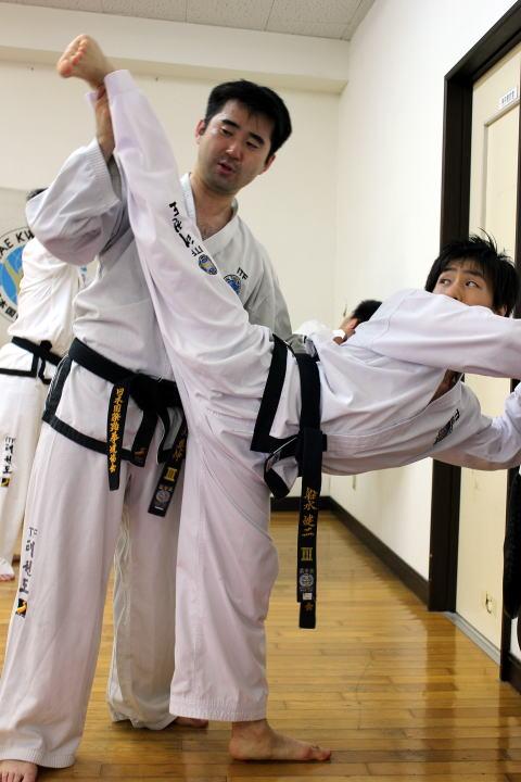 テコンドー ファラン朴道場 第27回有段者技術研究会