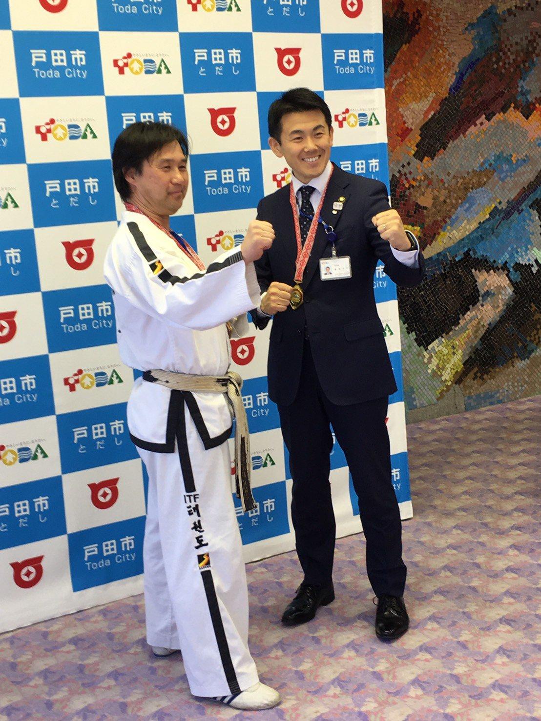 朴禎賢師範、戸田市長を表敬訪問